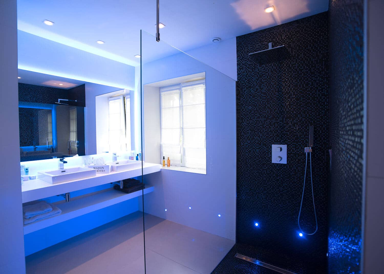 Chambre Belle Ile en Mer salle de bain design
