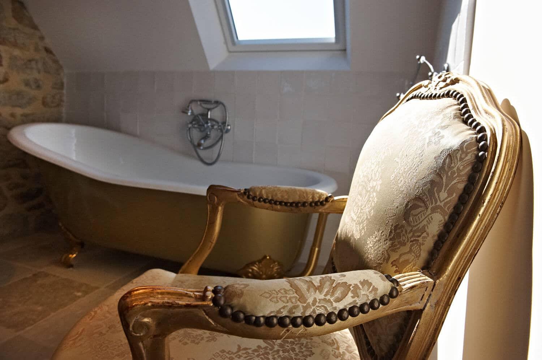Chambre Ouessant Salle de bain ancienne